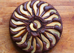 Recept: Een heerlijke chocolade-perencake